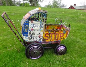 "Thomas Fiorini, ""Junk Yard Baby Buggy,"" 2016. Courtesy: Thomas Fiorini. All rights reserved."