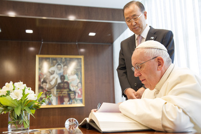 Secretary-General Meets Pope Francis, Golden Rule