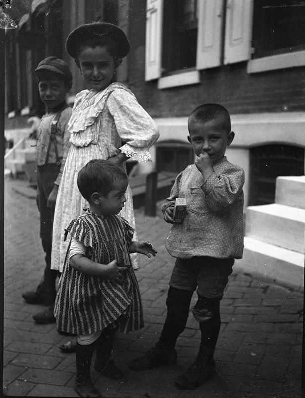 Immigrant children playing on the streets of Philadelphia
